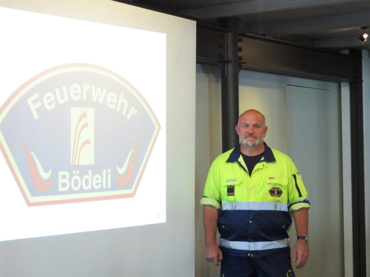 Feuerwehr Bödeli beim Bödeli Frauentreff